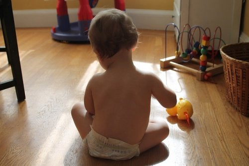 スマートフォンが子どもに与える影響-Playing