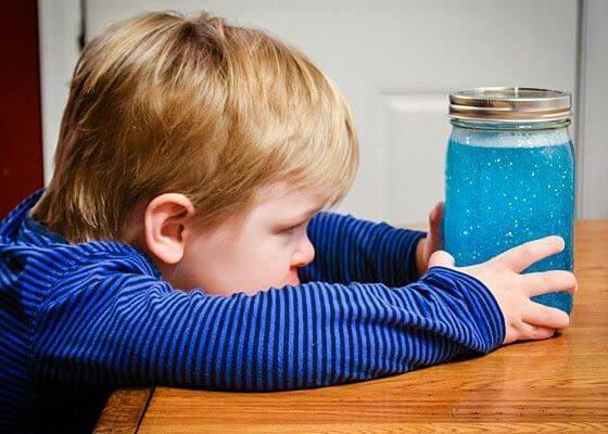 知覚を刺激するボトル:頼もしい発明品