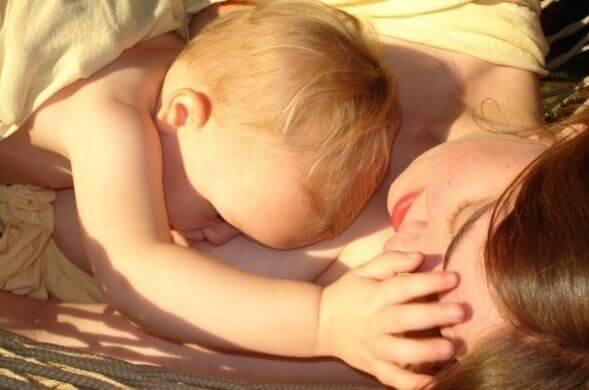 母乳育児の効能