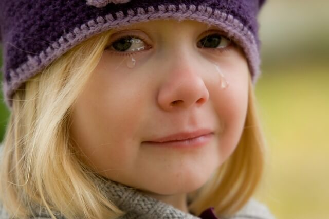 子どもの自尊心を破壊してしまう育て方