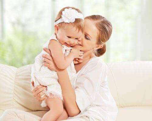 娘の母になること:それは一生の友を得ること