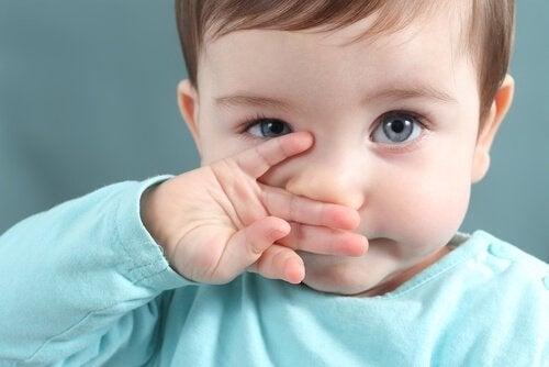 鼻水や痰で起こる症状