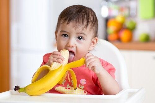 赤ちゃんが食べられる食べ物
