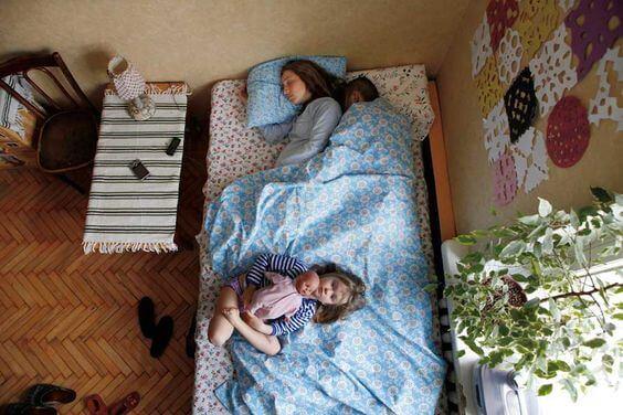 疲労感-母親-睡眠-2