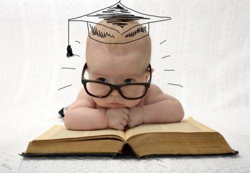 30歳以上の出産でより賢い赤ちゃんが産まれる