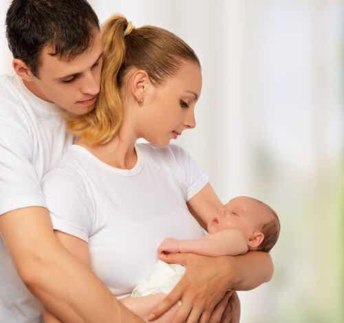 赤ちゃんの誕生は夫婦愛を深める