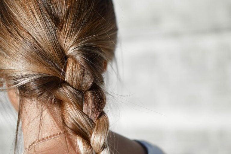 ショートのヘアスタイル