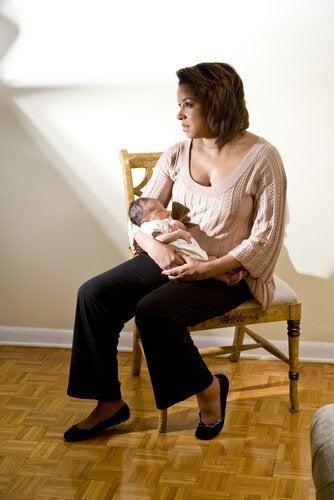 産後は女性にとって精神的に敏感な時期