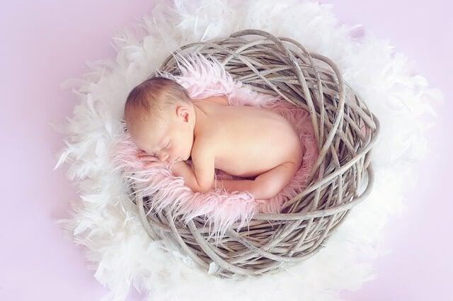 4~6ヵ月の赤ちゃんの睡眠を理解する方法