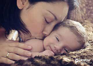 母親になることは選択であって母性本能は嘘である