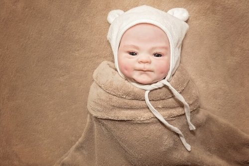 赤ちゃんの脳は刺激を受けて発達します