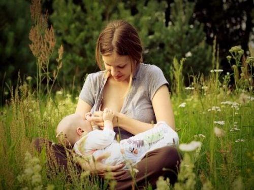 母乳育児をしながらダイエットできる?