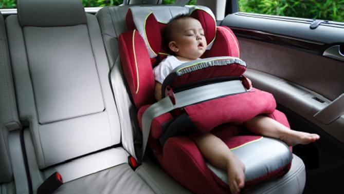 赤ちゃんー車3