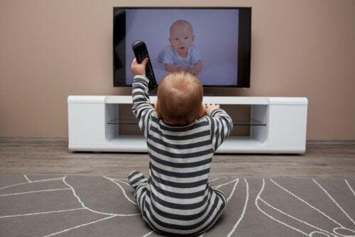 赤ちゃんにおススメの海外テレビ番組7選