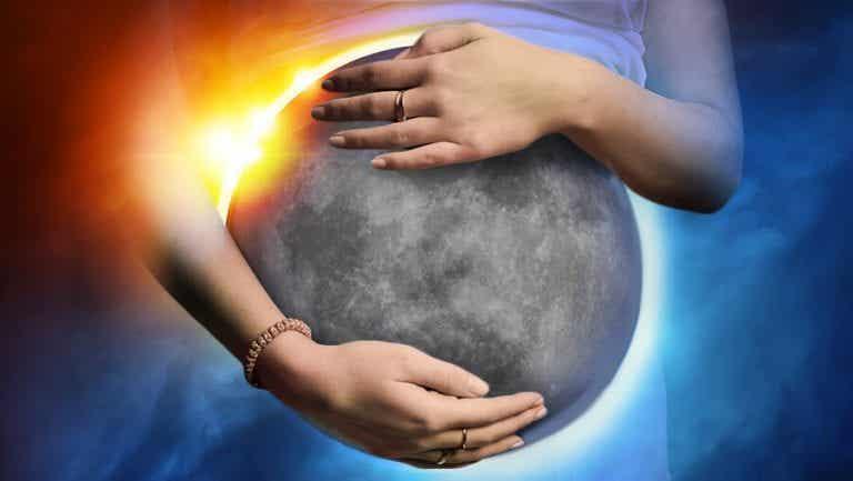 日食や月食は妊娠に影響を及ぼすの?