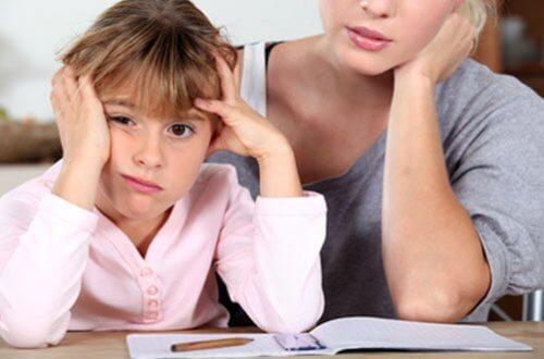 厚かましい母親が子供を成功へ導く