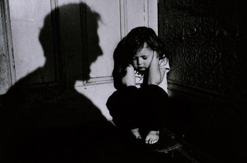 「しつけに体罰は必要」と考える人にどう対処する?