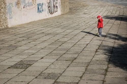 父親の育児放棄によって引き起こされる5つの影響
