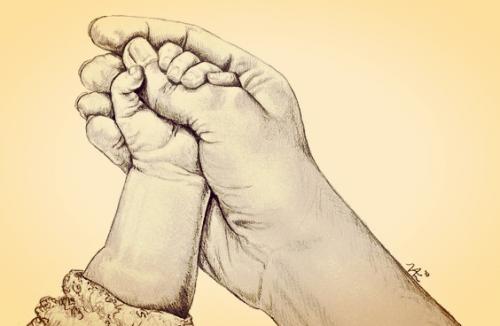 赤ちゃんの小さな手があなたの指を握るとき