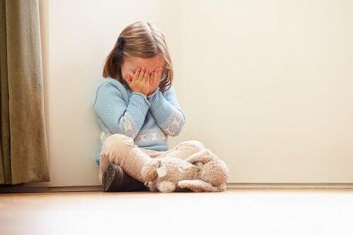 子供の癇癪を止めるには何を伝えればいいの?