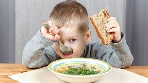子どもの 悪い習慣 :食生活