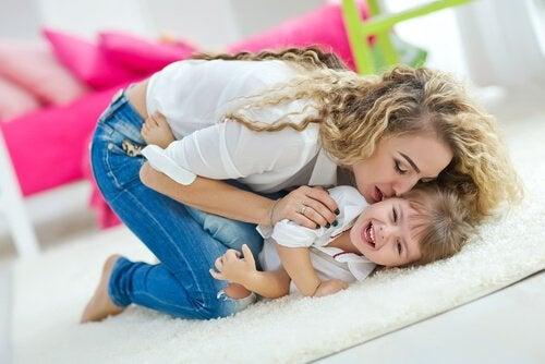 幸せな子ども を育てる