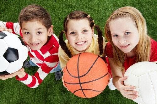 子どもの頃にスポーツをする重要性