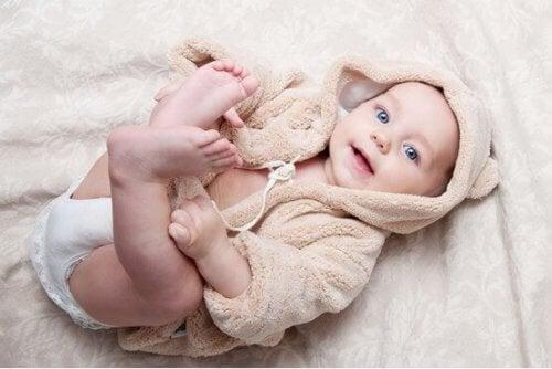 生後2カ月の赤ちゃん