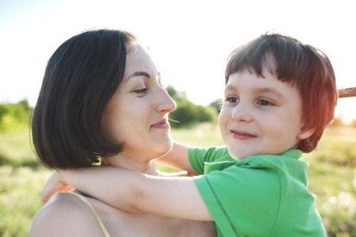 子どもが分離不安症になったらどうすればいいの?