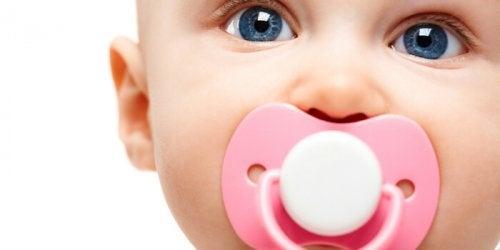 赤ちゃんのおしゃぶりはこれに限る!