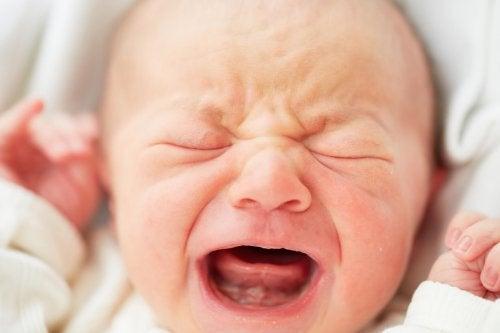 赤ちゃんが泣き止むテクニック