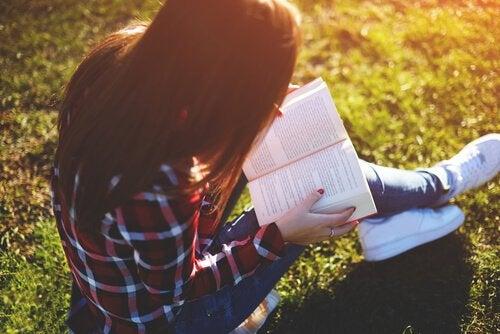 読書という贈り物:十代のための本ベスト8