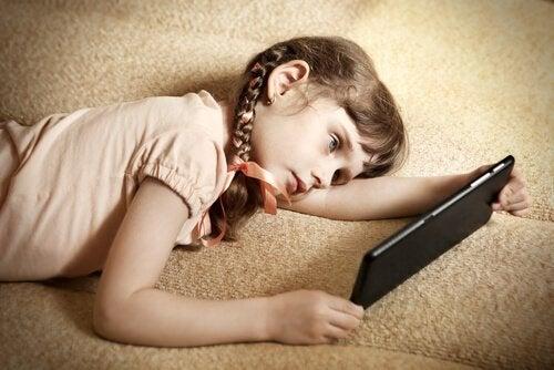 子どもが怠け者にならないための6つのアドバイス