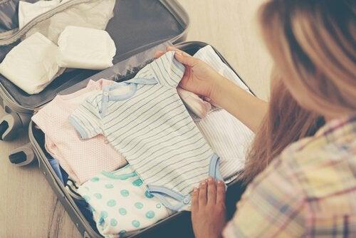 服を選ぶときの注意点 夏 ベビー服