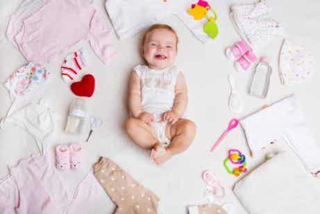新生児に必要な夏のベビー服とは?:オススメの夏服をご紹介