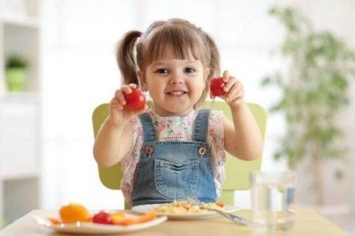 学習に効果的な15種類の食べ物について