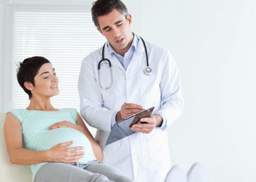 妊娠中に受けるべき検査とは?