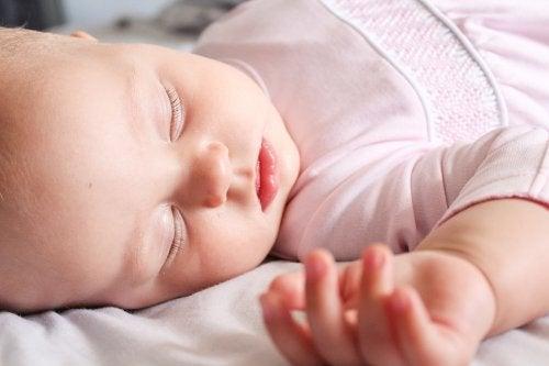 赤ちゃんの服を 洗濯 する注意事項