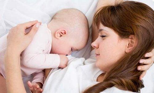 母乳 が良く出るピークは?