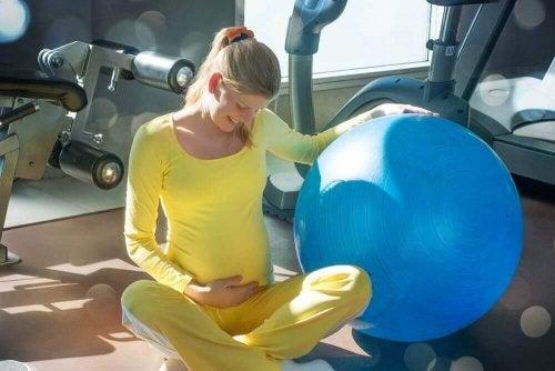 妊婦さんのための6つの基本的な骨盤運動