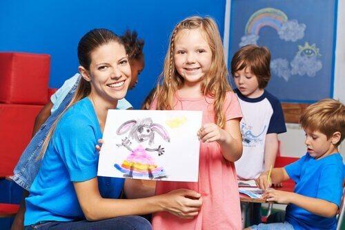 子どもの お絵描き に表現される意味