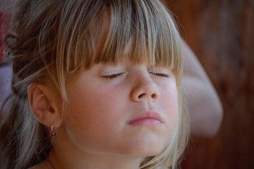 子どもに静寂の美を教えてみよう
