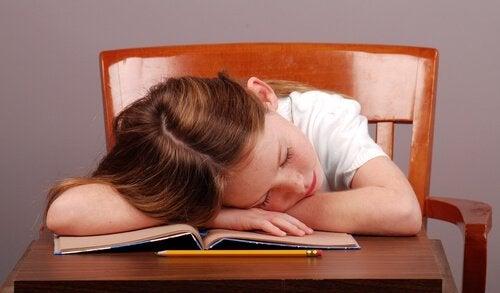 学校で子どもが集中できない:どう対応すべき?