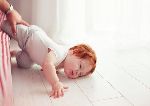 頻繁に起こるリスク:子どもの転倒について