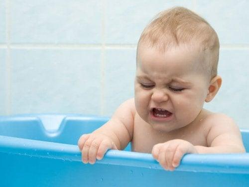 何歳  子供  一人でお風呂