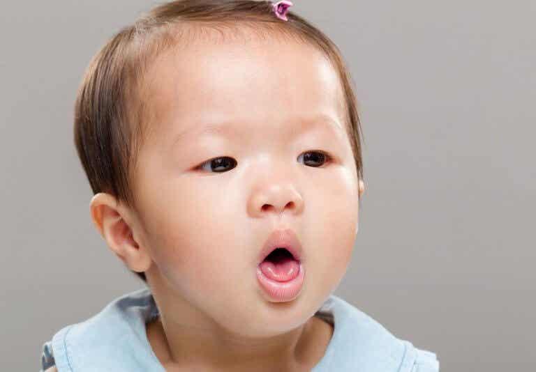 子どもが食事中に喉を詰まらせたらどうしたらいいの?