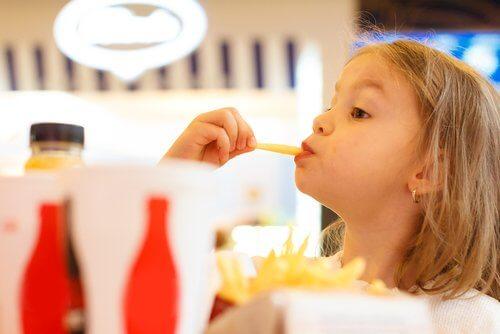 子どもの体重を増やすには 子どもの体重