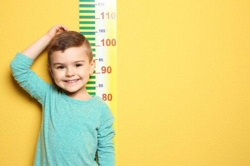 子供の成長はいつ止まるの?:子供の成長段階について