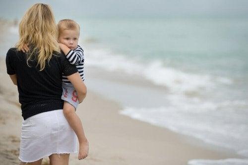 父親の不在が子どもに与える影響