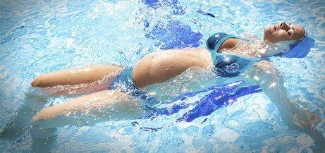 妊娠中の水泳